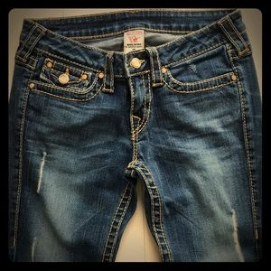 {True Religion} - Disco Julie Big T Jeans